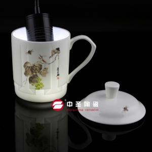 六扇浮雕盖杯-高档骨瓷盖杯