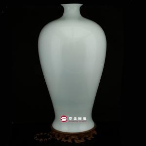 梅瓶——中圣青玉骨瓷瓶