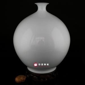 天球瓶——中圣青玉骨瓷瓶